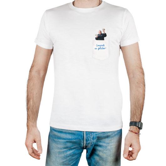 T-Shura t-shirt per cocco di nonna - maglietta con frase nonna nel taschino Comprati un gelatino! ricamata in azzurro t-sciura le magliette dei nonni